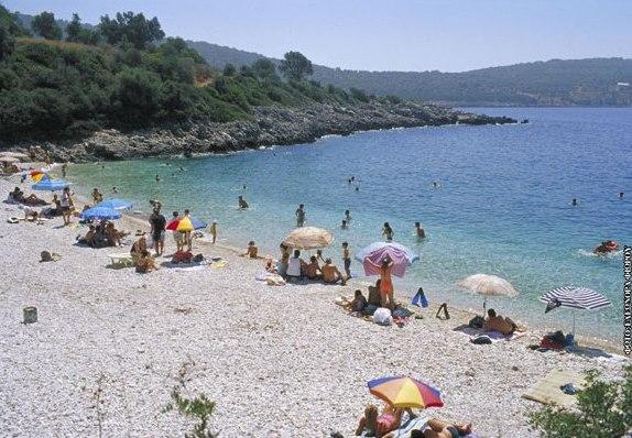 Ammouso Beach